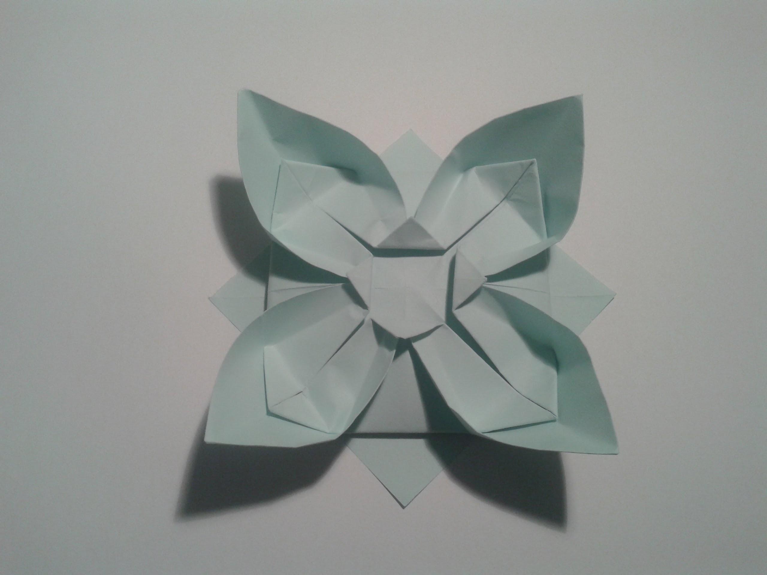 Como hacer una flor de papel sencilla (origami)