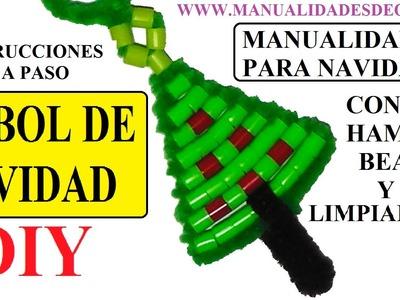 Manualidades navideñas. como hacer un arbol de navidad de hama beads y limpiapipas