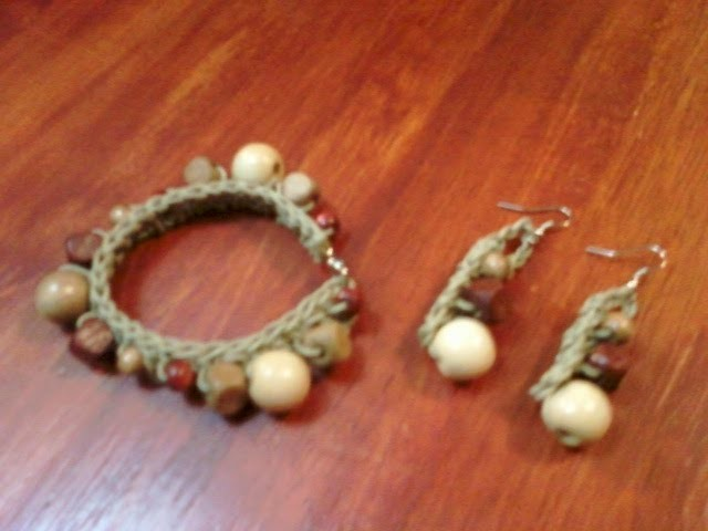 Pulsera y aretes tejidos con abalorios- Tutorial de tejido crochet