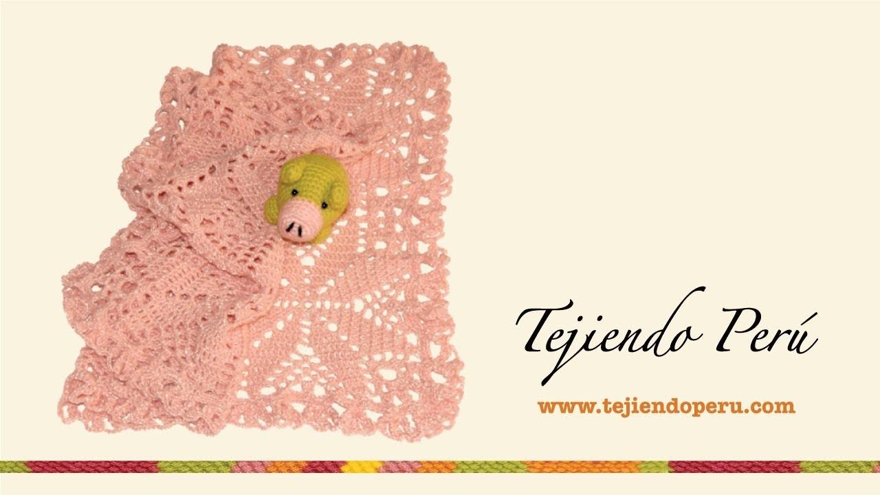 Manta tejida a crochet con pastillas cuadradas