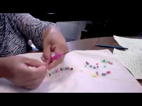 Como hacer un collar a crochet con cuentas o chaquiras # 1