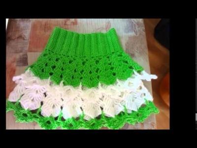 Modelos de faldas con vuelos de dos colores a crochet para niñas