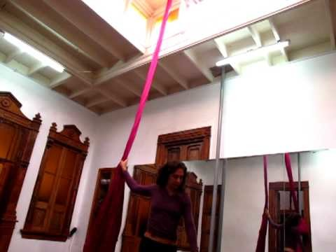 Aerial silks tutorial 3 - Movimientos en telas nivel intermedio