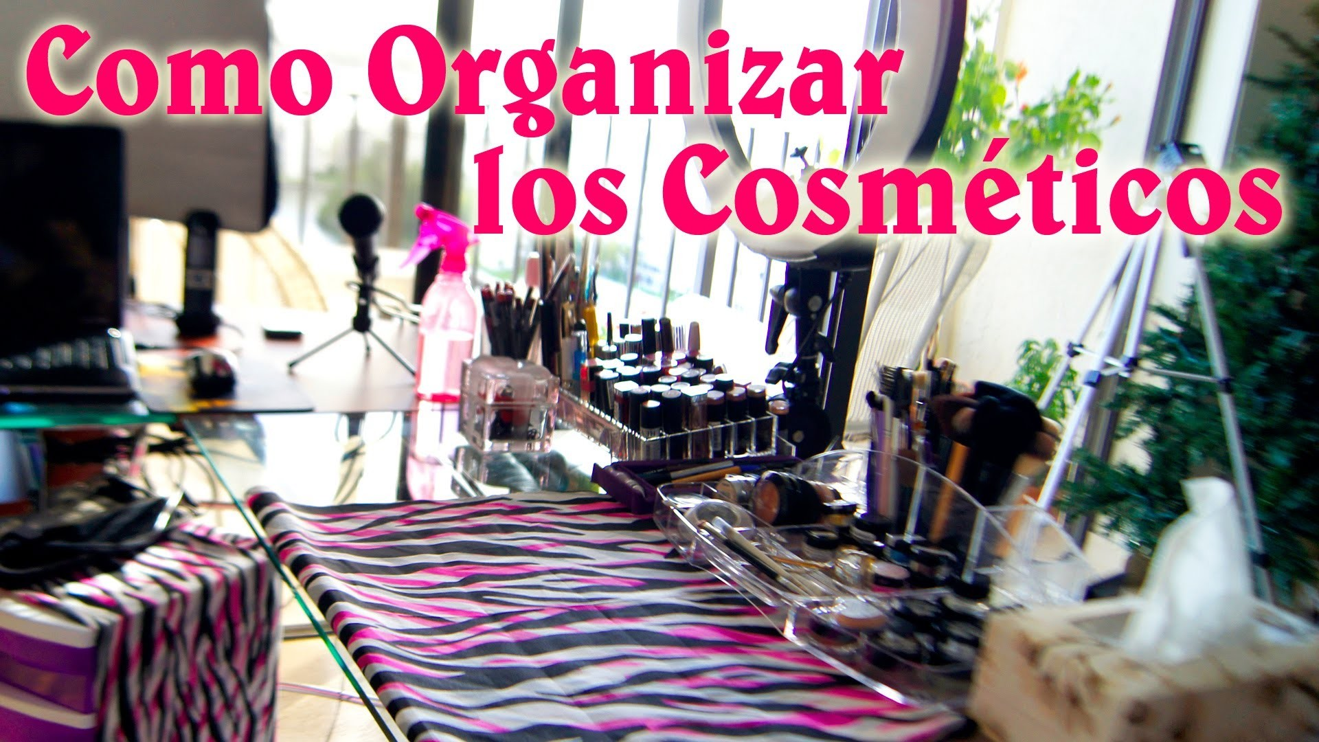 Como Organizar los Maquillajes y Personalizar tu MakeUp Corner DIY