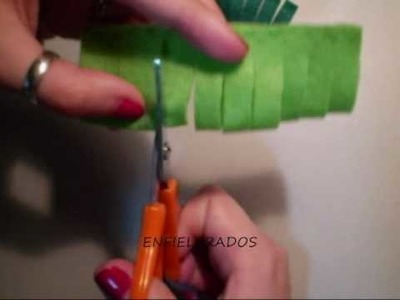 Como hacer un broche de fieltro (Pompón) (felt brooch)