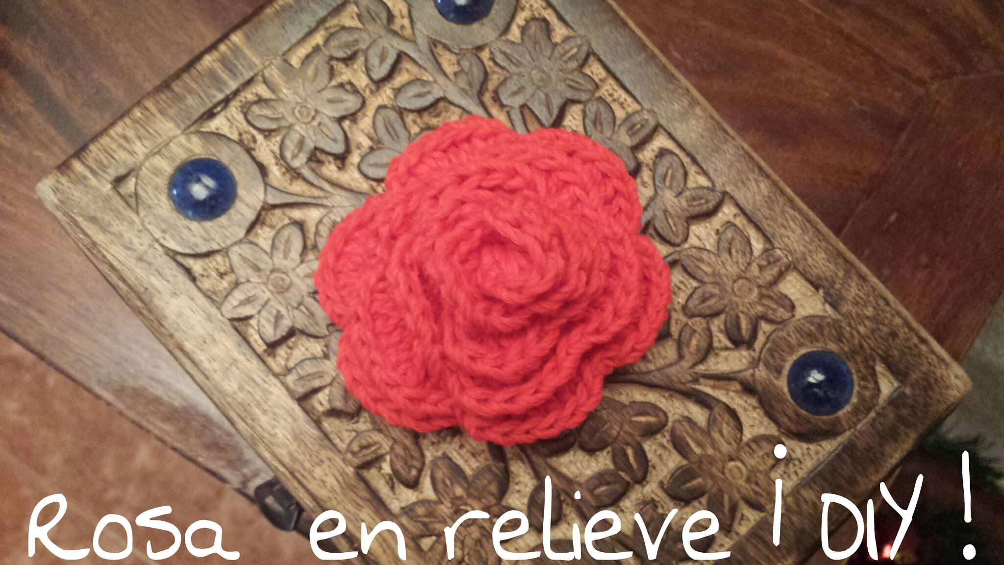 Aprende a tejer una rosa en relieve. You have to learn to knit a rose at ease