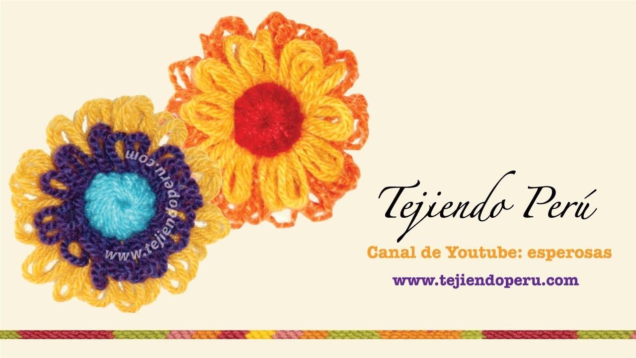 Flor con centro cerrado tejidas en telar reloj o redondo