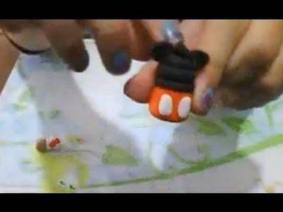 Como hacer un mickey y.o una minnie en porcelana fria o arcilla polimerica. Charms mouse