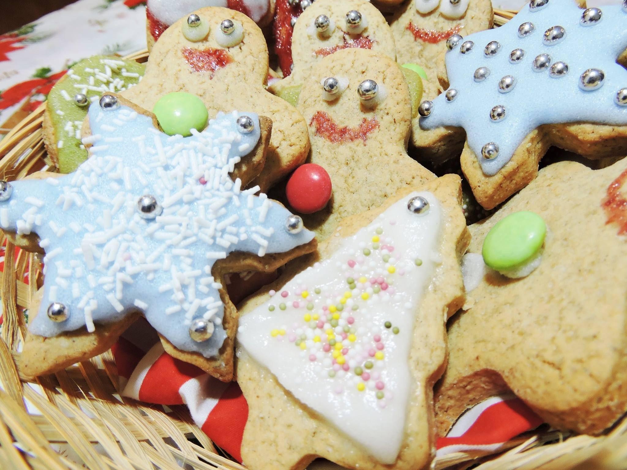 Deliciosas galletas Navideñas + glaseado - Delicious Christmas biscuits + icing