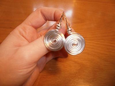 Cómo hacer unos pendientes con alambre | facilisimo.com