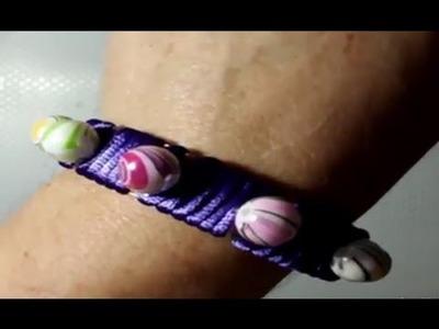 Brazalete de perlas reciclando botella de plástico | facilisimo.com