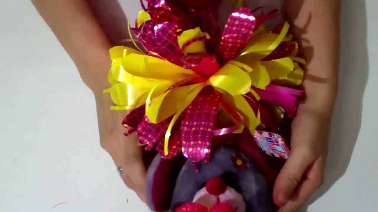 Como hacer un moño para regalo = How to make a bow for gift