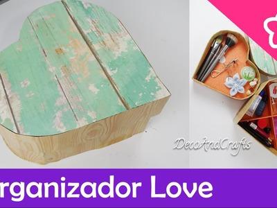 Organizador de cosmeticos de cartón en forma de corazón DIY - DecoAndCrafts