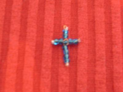 Como hacer una cruz de chaquirones.