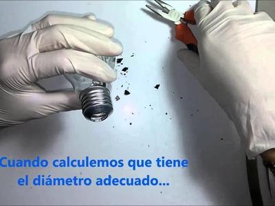 Como vaciar una bombilla Y crear un terrario en miniatura - Reciclar Bombillas