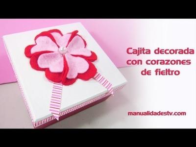 Episodio 618 - Cómo decorar una cajita con flores echas de corazones de fieltro