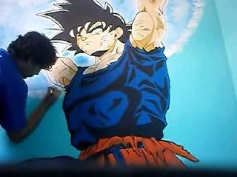GOKU PAINTING ON THE WALL (Pintando a Goku en la p