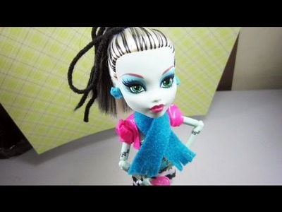 Manualidades para muñecas: Cómo hacer una bufanda para tu muñeca