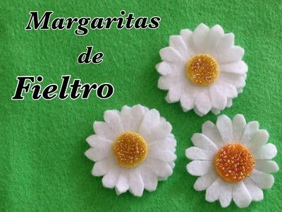 MARGARITAS HECHAS CON  FIELTRO.- FELT  DAISIES .