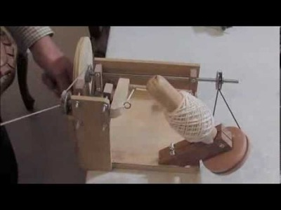 Enconadora de lana, bobinadora o devandor de lana, wool winders.