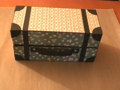 Caja maleta de cartón