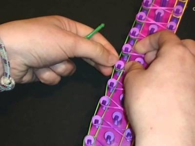 Como hacer pulsera Simbolo Infinito con gomitas MUY MUY Facil
