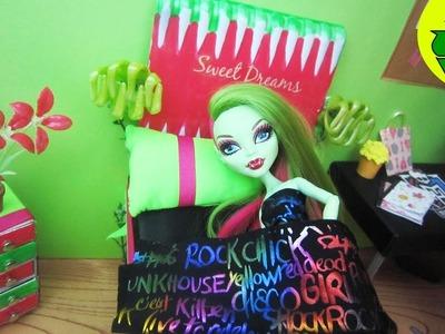 Manualidades para muñecas: Haz una cama para la muñeca Monster High Venus Mcflytrap