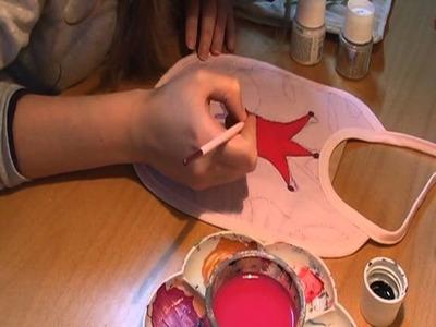 Baberos pintados en tela.  painting baby clothes