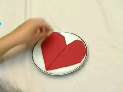 Cómo hacer un corazón con una servilleta de papel fácilmente