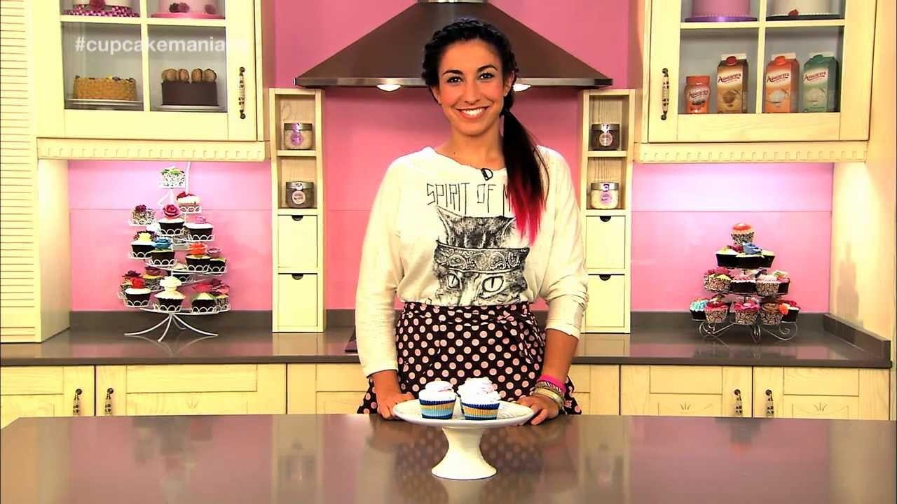 Cupcake Maniacs 5: Cupcakes de chocolate blanco decorados con nubes caseras