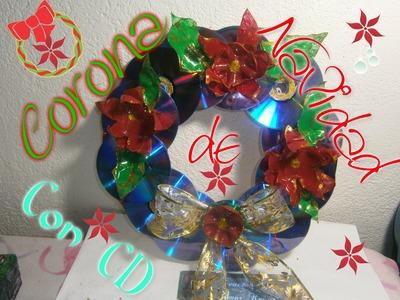 Corona de Navidad con CD Reciclaje
