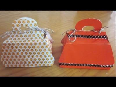 Envoltorios de regalo en forma de bolso.