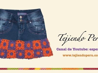 Falda jean reciclada con bobos o bordes tejidos