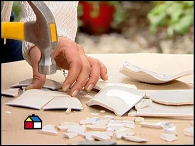 ¿Cómo cubrir maceteros con mosaicos?