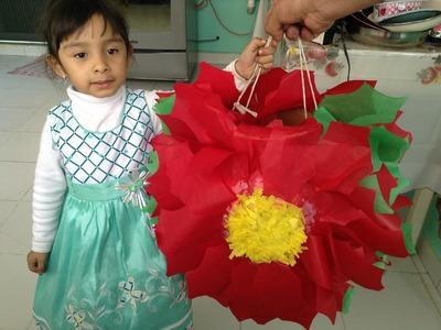 Como hacer una piñata navideña muy facil!! flor de noche buena
