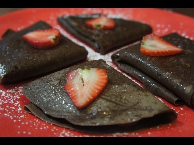 CREPAS DE CHOCOLATE CON NUTELLA Y FRESAS - BAKING DAY