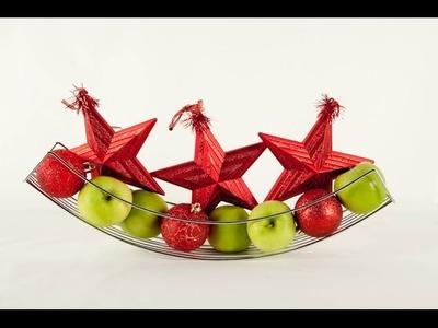 Tip. Decoración de mesa con adornos navideños
