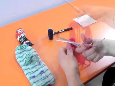 Como Hacer Muñecos y peluches con Lana de algodón Manualidades con Lana  Muñeco con un calcetín