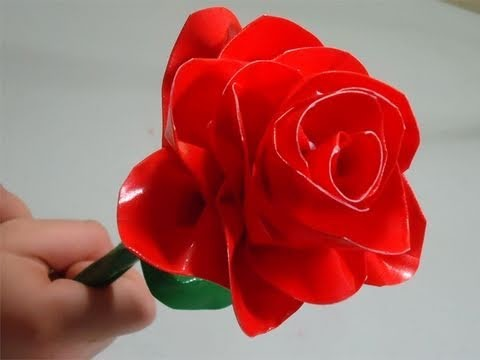 Como hacer una rosa con cinta adhesiva