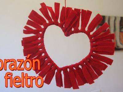 Manualidades para San Valentin - Corazones de Fieltro - Manualidades para todos