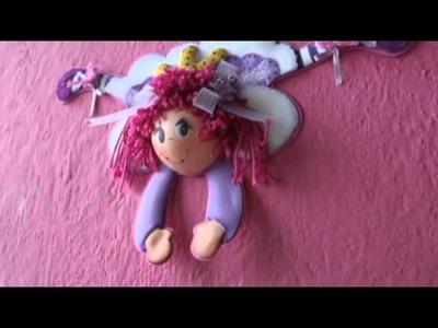 Muñeca fofucha para decoración