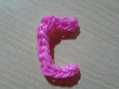 ♥ Tutorial: letra C hecha con gomitas (sin telar) ♥