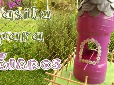Cómo hacer una casa para pájaros con botellas recicladas - Candy Bu