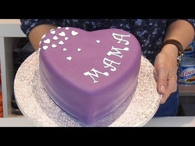 Como decorar una tarta de corazón para mamá