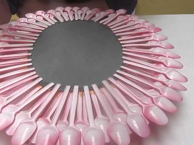 Como hacer un espejo decorado con cucharas
