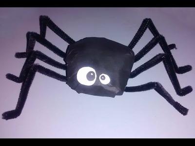 Manualidades para Halloween: Araña de papel periódico - Candy Bu