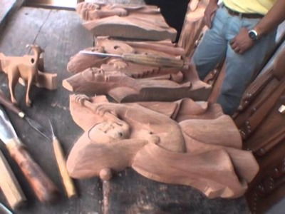 Suelto en Plaza - El arte del tallado en madera 3.mpg
