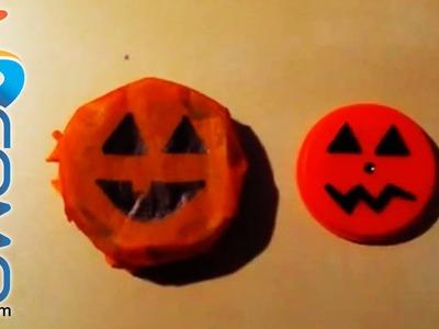 Calabaza de Halloween con un tapón de plástico