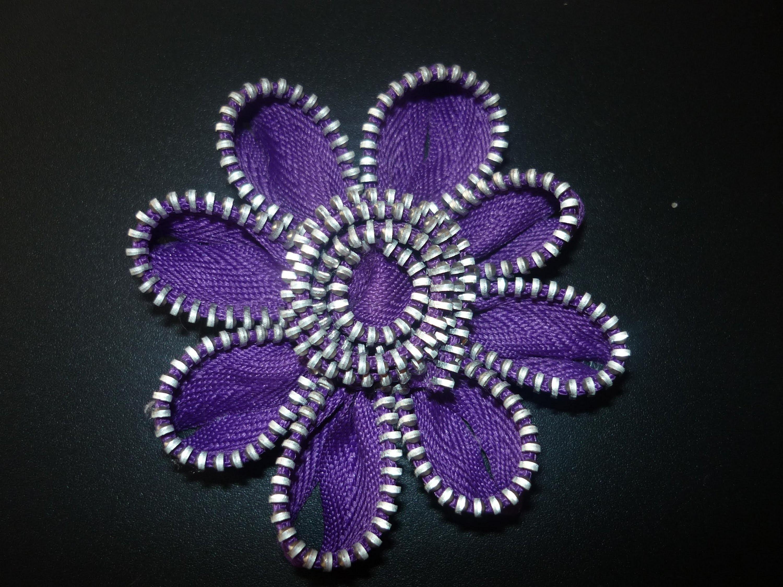 Como elaborar hermosas flores para el cabello  con cierres  No.50 Manualidades la Hormiga