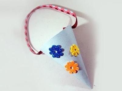 Cómo hacer un cono decorativo para dulces